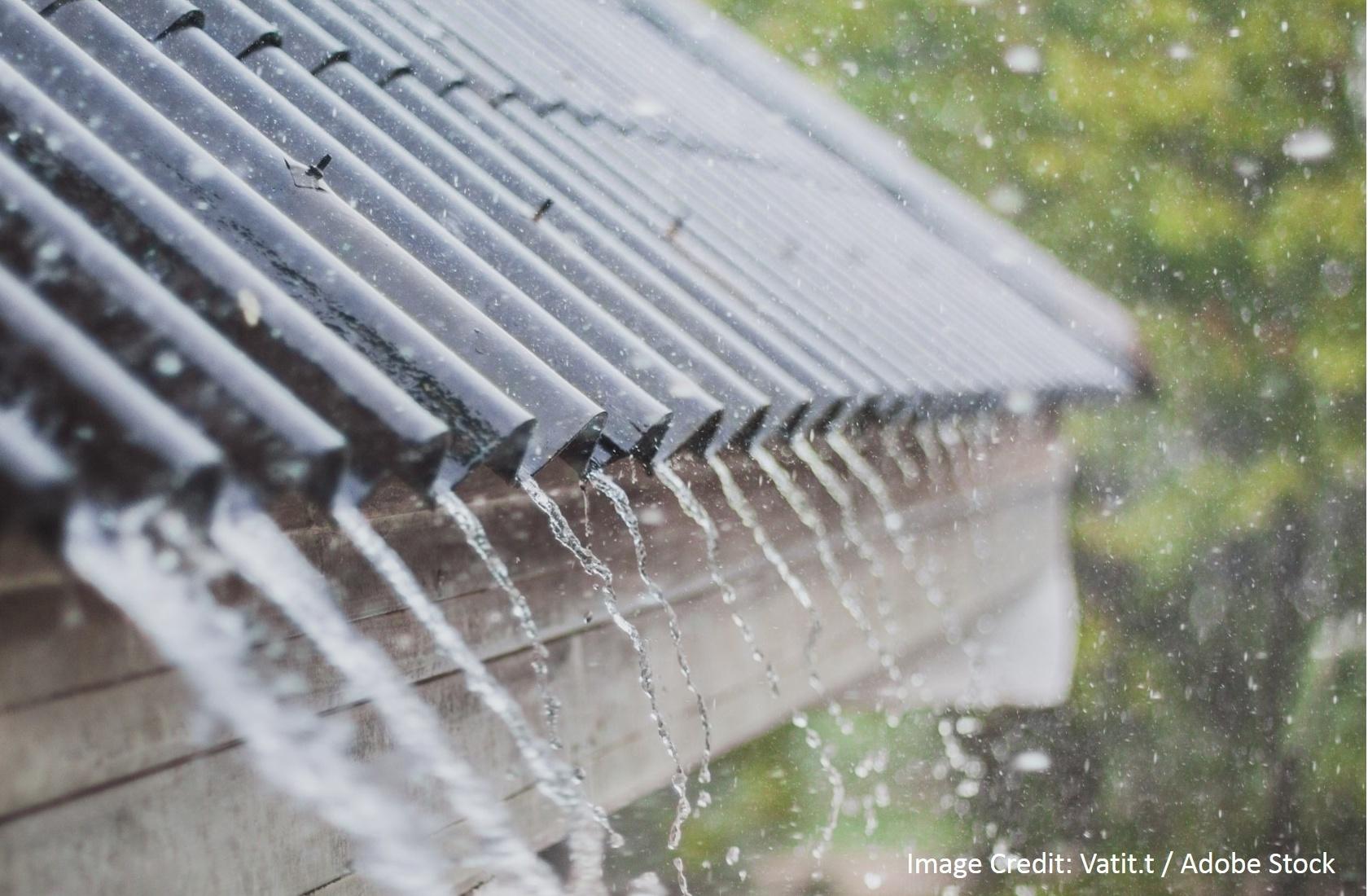 Winter Roof Repair-875583-edited.jpg